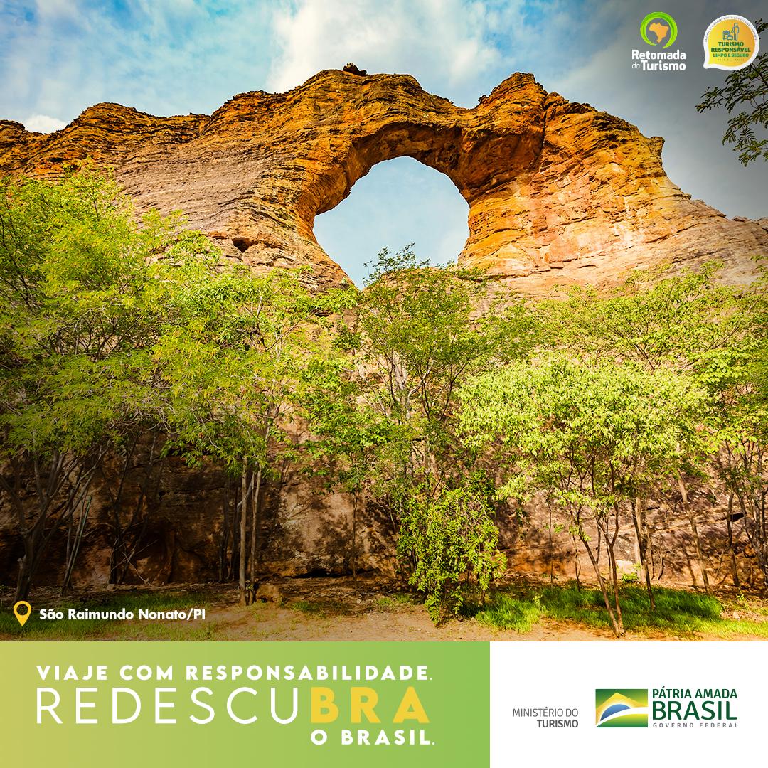 https://retomada.turismo.gov.br/wp-content/uploads/2020/12/FB_Cards_Estados_B_PI-Sao-Raimundo.jpg
